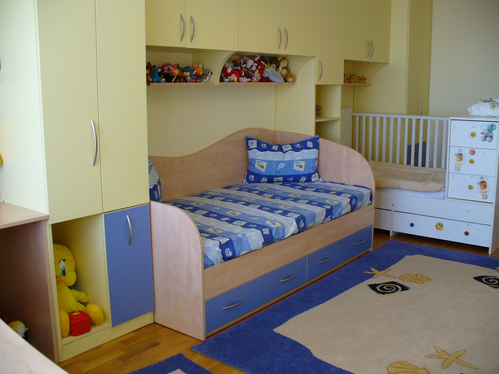 Children's room # 010